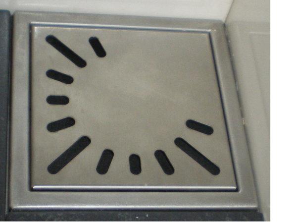 Renovatieput met verstelbare PVC sifon